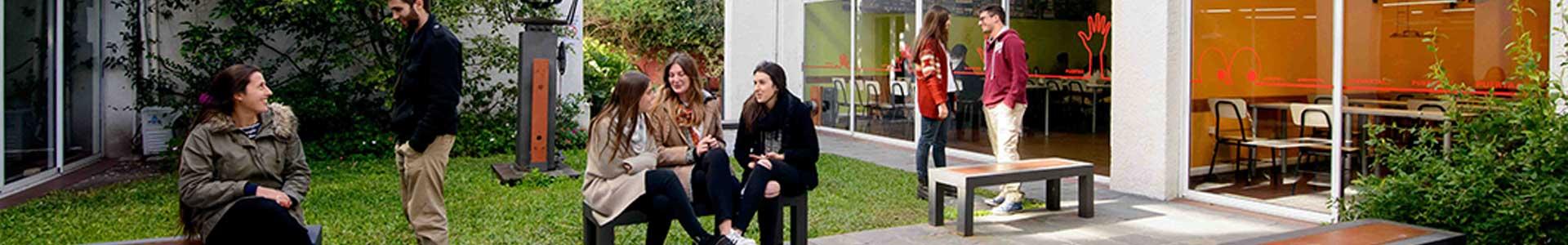 Recursos físicos y académicos - Facultad de Arquitectura Universidad ORT Uruguay